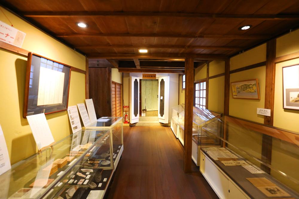 展示室_002